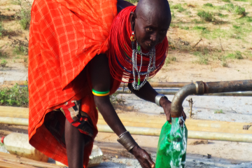 In 2014, the Gibson's initiated a project to build deep water wells in Kenya. E.E.S. whole heartedly supported this project and helped build two deep water wells for two villages in Kenya.